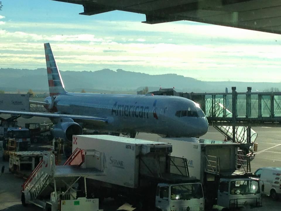 La aerolínea mejor valorada por los españoles es American Airlines