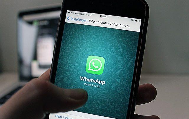 Las grandes empresas se resisten al Whatsapp