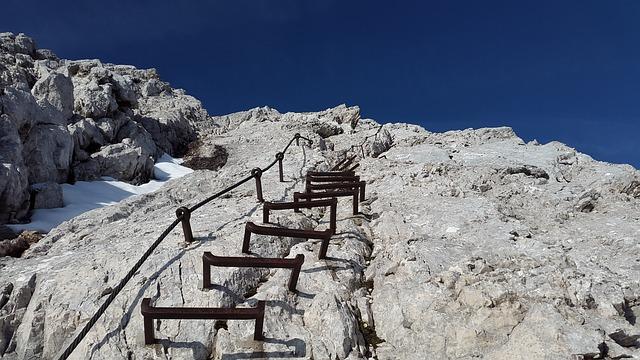 Recorridos de montaña: Empiece siempre con una vía ferrata fácil